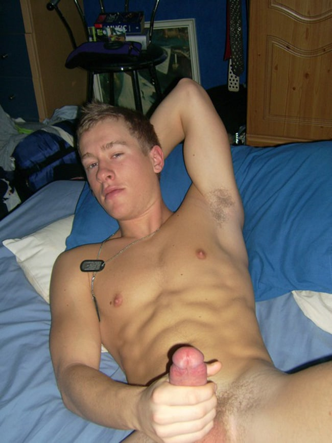 Sexy Guy Wanking Off